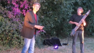le-conteur-thierry-beneteau-enchante-son-auditoire